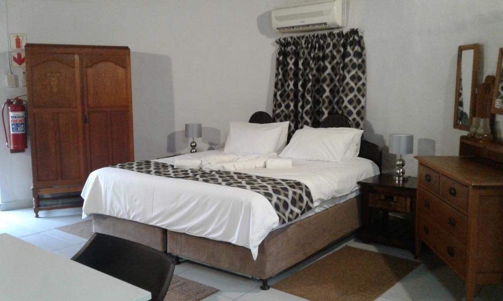 Hippo Bedroom (2)